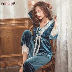 Autumn Winter Fashion, Fall Winter, Jordan Dress, Mode Hijab, Different Styles, Pajama Set, Velvet, Suits, Lady
