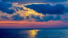 Jeden Morgen bietet der Sonnenaufgang bei Mongerbino/Bagheria ein neues Farbenspiel #Bagheria #Mongerbino #Sonnenaufgang #TripTipp #Sizilien http://www.trip-tipp.com/sizilien/reise/urlaubsziele/bagheria-fotos.htm