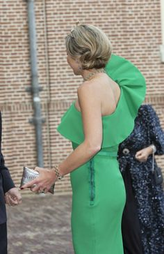 04 June 2014 King Willem-Alexander and Queen Maxima hosted a gala dinner at Palece Het Loo in honor of Prince Albert