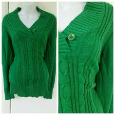 Emerald Green Knit Sweater Tag was taken out but it would fit a medium. Mint condition and worn once. American Eagle Outfitters Sweaters