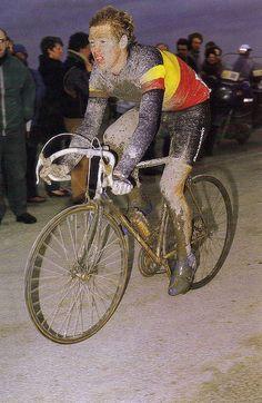 paris roubaix (1987?) - Eric Vanderaerden rode professionally 1983 to 1988.