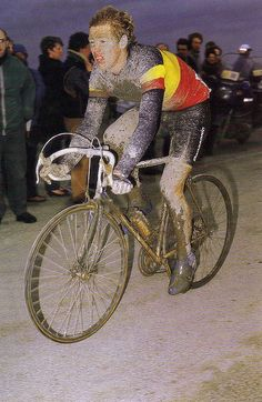 paris roubaix (1987?) - Eric Vanderaerden rode professionally 1983 to 1988.