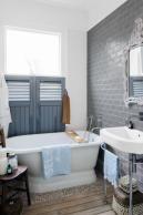Useful Walk-in Shower Design Ideas For Smaller Bathrooms – Home Dcorz Budget Bathroom, Bathroom Wall, Small Bathroom, Bathroom Ideas, Bathrooms, Bath Ideas, Bathroom Tiling, Bathroom Modern, Bathroom Inspiration