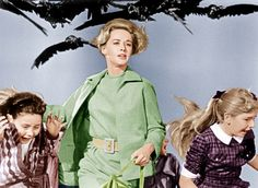 #TBT Scream Queens: 18 Beautiful Horror Heroines, from Tippi Hedren to Drew Barrymore – Vogue - Tippi Hedren in  The Birds