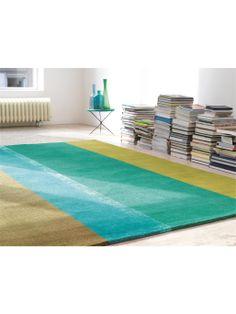 http://www.benuta.de/mexx-teppiche.html#isPage=1  Aus reiner Schurwolle entsteht dieser exquisite Designerteppich aus der Kollektion von Mexx. Auf dem luxuriösen Teppich Flavour sind unterschiedlich breite Streifen in harmonisch arrangierten Farben zu einem zeitlos stilvollen Design zusammengefügt, das klassische Wohnstile ebenso gelungen unterstreicht wie moderne.