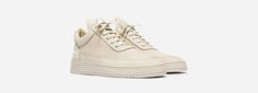 Edler Premium Sneaker im futuristischen Low Top-Design aus feinstem Veloursleder: http://sturbock.me/?s=filling