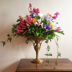 """63 Gostos, 7 Comentários - a pajarita (@a_pajarita) no Instagram: """"Detail floral  Photo and flowers by a pajarita . . . . . #apajarita #flores🌸 #detalhesflorais…"""""""
