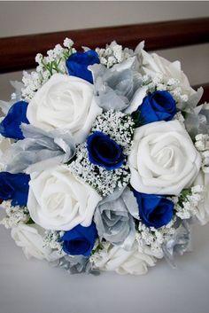 Bouquet de roses bleues et blanches