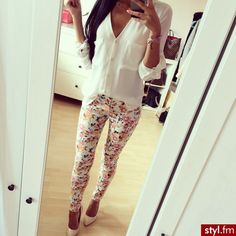 Floral pants outfit