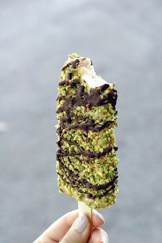 Pistachio Ice Cream Bar//