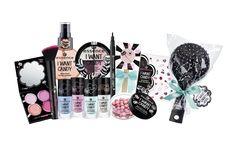 """Snoepjestijd! Vanaf eind juni tot eind juli 2017 lanceert essence in samenwerking met Chupa Chups® de trend edition """" i want candy"""": de leukste beauty-items met de onweerstaanbare geur …"""