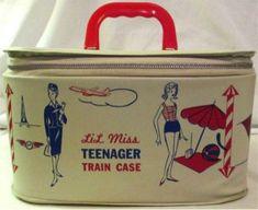 Lil Miss Teenager Train Case Mid Century Retro Mod Child/Doll Case Luggage Vintage Luggage, Vintage Purses, Vintage Handbags, Vintage Love, Retro Vintage, Vintage Items, Vintage Designs, Train Case, Retro Toys
