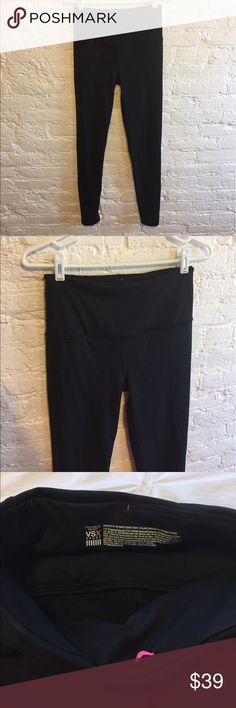 Victoria's Secret Black Knockout Tight These are super comfortable and have only been worn twice. They are in perfect condition! Victoria's Secret Pants Leggings