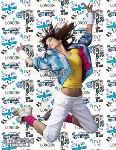 Fühl Dich Frei Mit Den London Style Mädchen Tapeten Von Smita Whatu0027s Up
