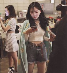 Twice Nayeon // Page Two Monograph Kpop Girl Groups, Korean Girl Groups, Kpop Girls, Twice Tzuyu, Nayeon Twice, Twice Kpop, Im Nayeon, Dahyun, One In A Million
