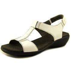 223d7d6b19ebe 384 Best Clarks sandals images in 2017   Clarks sandals, Clarks, Sandals