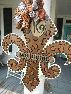 whimsical FLEUR de LIS wreath