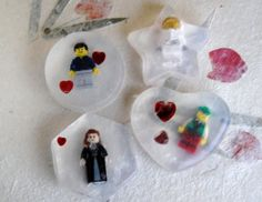 Tutorial: Lego Mini Figs in soap for parties, favors, etc. (From CraftTestDummies.com)