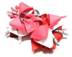 Valentine's Day Crafts: Mini Bowdabra Heart Hair Bow