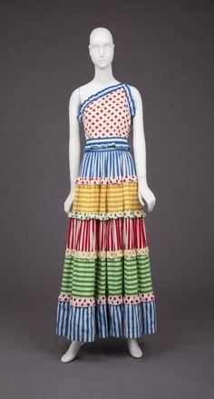 Dress Geoffrey Beene, 1970s The Goldstein Museum of Design