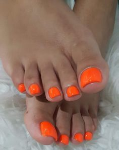 really cute nails Simple Toe Nails, Pretty Toe Nails, Cute Toe Nails, Sassy Nails, Girls Nail Designs, Orange Nail Designs, Toe Nail Designs, Orange Toe Nails, Black Toe Nails