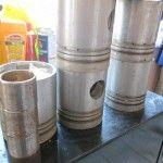 Set pistoane motor IFA. Setul include : inele , camasi , 6 pistoane , 4 bucsi de biela . Preturile sunt negociabile in functie de piesa   Pigorety impex mai ofera utilaje , piese si reparatii utilaje. Tel -0744332506 , 0754423612 ; Brasov , str Fanarului 2 ;  utilajec@yahoo.com , www.pigorety.ro