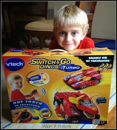 VTech Switch & Go Dinos Turbo Review & #GIVEAWAY {#sponsored}
