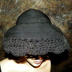 Hat Ladies 1930's Summer Bonnet Style Black Woven Straw Raffia Crocheted Front Edge Detail
