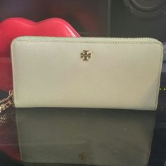 """Listing Tory Burch Wallet Saffiano leather, Mint Green color, approximately L8""""X H4.25""""X1"""", Zip pocket ,12 card slots, Snap closure, 3?slip pockets Tory Burch Bags Wallets"""