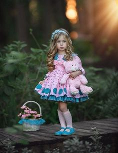 メディアツイート: 👩🏼🎓 ∂я ραииιуα ✨(@ImperfectGirl07)さん   Twitter Cute Little Girls, Little Girl Dresses, Girls Dresses, Flower Girl Dresses, Fashion Kids, Baby Girl Fashion, Cute Kids Photography, Baby Girl Photography, New Baby Dress