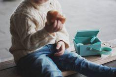 Uhmm is de ideale lunch box die je uitvouwt tot een bord. Shop My, Danish Design, Shopping