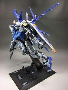 PG Strike Gundam + Skygrasper + Aile Striker: Modeled (Improved) by Rylemayura Boy Toys, Toys For Boys, Strike Gundam, Plastic Art, Mecha Anime, Gundam Model, Mobile Suit, Model Building, Scale Models