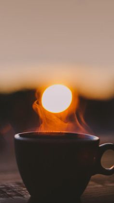 Lots Of Coffee Facts Tips And Tricks 5 – Coffee Morning Photography, Coffee Photography, Creative Photography, Nature Photography, Coffee Photos, Coffee Pictures, Good Morning Coffee, Coffee Break, Coffee Cafe