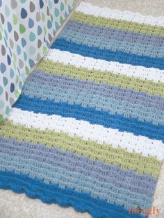 Check out this super-cute Little Waves Crochet Rug made with Cotton-Ease by Moogly!
