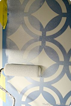 How to stencil a wall! Love it for the main wall of the bedroom, where the headboard sits!