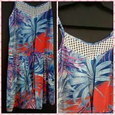 #PhotoGrid Calorão, pede um vestido fresquinho! #calor #vestido #floral