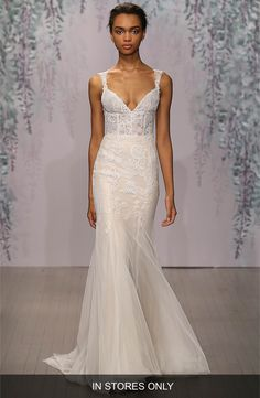 Main Image - Monique Lhuillier 'Dulce' V-Neck Lace Tulle Sheath Dress (In Stores Only)