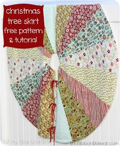 Christmas Tree Skirt and a Free Pattern - The Ribbon Retreat Blog