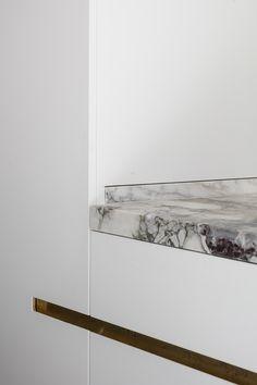 hullebusch natural stones | caprina bianco - honed | design by Steven Van Dooren - s Gravenwezel