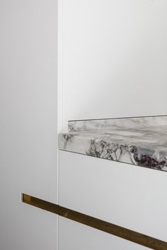 hullebusch natural stones | caprina bianco - honed | design by Steven Van Dooren - s Gravenwezel