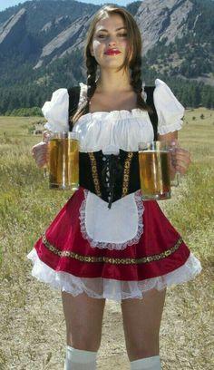 Bad Ideas: bring me zie Oktoberfest girls HQ Photos) German Women, German Girls, Sexy Outfits, Octoberfest Girls, Beer Maid, Estilo Cowgirl, Sexy Women, Dirndl Dress, Beer Girl