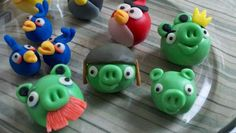 angry birds cake pops!