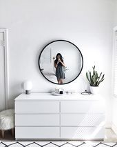 Mirror Drawer 40 Best Minimalist Bedroom Design You Must Try - 7 Apartment Decorating and Small Living Room Ideas Simple Bedroom Decor, Stylish Bedroom, Room Ideas Bedroom, Home Bedroom, Modern Bedroom, Contemporary Bedroom, Cool Bedroom Furniture, Scandinavian Style Bedroom, Simple Bedrooms