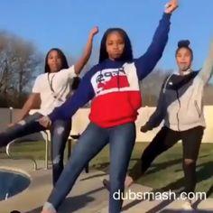 Spread Humour Over The World Dance Choreography Videos, Dance Music Videos, Dance Sing, Cheer Dance, Music Mood, Mood Songs, Danse Twerk, Funny Dancing Gif, Baile Hip Hop