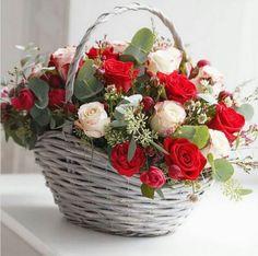 Best Love Flowers For Girlfriend Basket Flower Arrangements, Rose Arrangements, Beautiful Flower Arrangements, Flower Basket, Flower Boxes, Tulips Flowers, Pretty Flowers, Flowers For Girlfriend, Beautiful Flowers Wallpapers