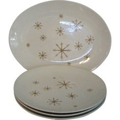 Vintage Star Glow Platter and Plates Mod from Graceful Antiques and Vintage Collectibles at RubyLane.com