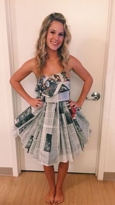 Maybe I could just take strips of newspaper with my purple tulle and make a skirt and bowknot bra bandeau type thing with pipe cleaner straps Diy Dress, Fancy Dress, Dress Up, Abc Party Costumes, Anything But Clothes Party, Recycled Dress, Newspaper Dress, How To Make Skirt, Recycled Fashion