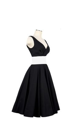 1950s Pinup Dress...I would rock the crap out of this dress!!!