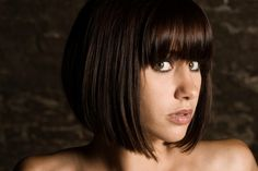 Straight Classic Bob. would love this but bangs a little more tapered at the sides. and layers from about 1/2-1 inch from the bottom.