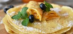 Köstliche Desserts, Delicious Desserts, Dessert Recipes, Alton Brown Crepes, Crepes Sin Gluten, Baked Apple Pancake, Pizza Tradicional, Russian Dishes, Cooking Contest